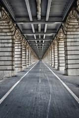 Perspective sur le Pont de Bercy - Paris, France