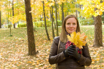 woman with leafs