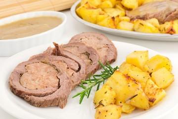 roast-beff with potatoes