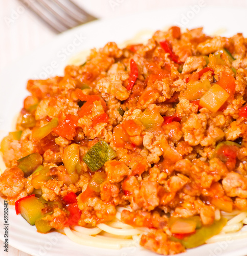 spaghetti with minced meat and vegetables