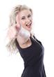 Junge blonde Frau isoliert - begeistert, erfolgreich mit Daumen
