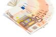 Banconote euro su sfondo bianco