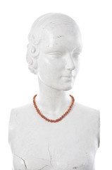 Manikin with brown amber necklace
