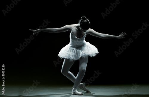 Aluminium Dans Ballet dancer-action
