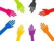 mains de couleurs différentes