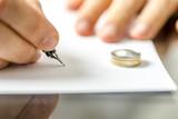 Divorce - 59460617