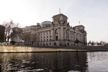bundestag berlin im winter