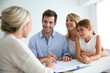 Family meeting real-estate agent for house investment - 59482005