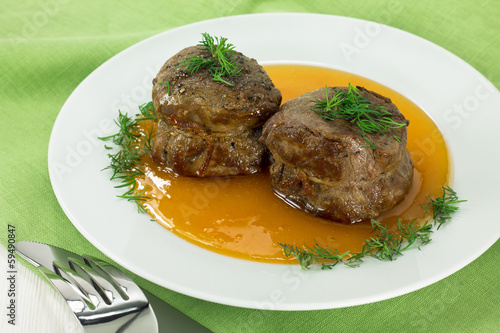 Filet mignon with sweet sauce