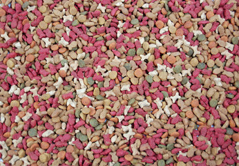 Dry feed for pets .