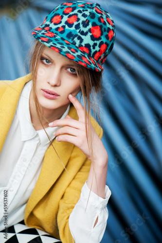 fashion model outdoor portrait - 59537602