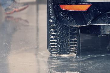 car tyre washing