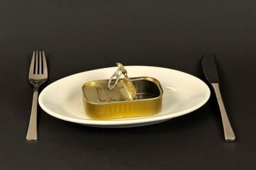 Sardinenbüchse, Speise, Dose, Teller, essen, fischdose, konserve