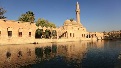 Halil-ur Rahman Mosque, wide angle pan shoot,