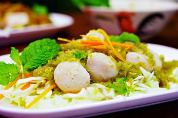 Thai Spicy Meatballs Salad
