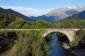 Montagneet rivière du  Cortenais