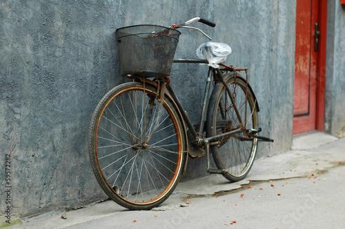 Old rusted Beijing bycicle