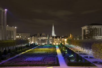 "Garden ""Mount of the arts"" (Jardin du Mont des Arts) in evening"