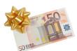 Billet de 50 euros avec nœud cadeau