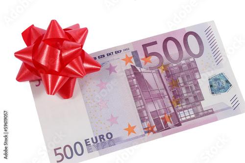 Billet de 500 euros avec nœud cadeau