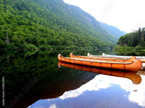 Foto op Canvas Grote meren Rivière Québec Amérique Canada Canoë Indien Lac Lake Indian