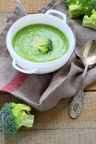 fragrant broccoli soup