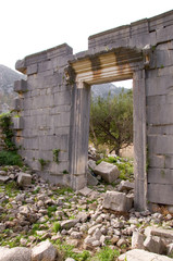 Ionisches Tempeltor in Olympos - Türkei