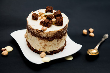 Cake with white and dark chocolate