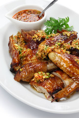 boiling oil scalded young chicken, chinese cuisine