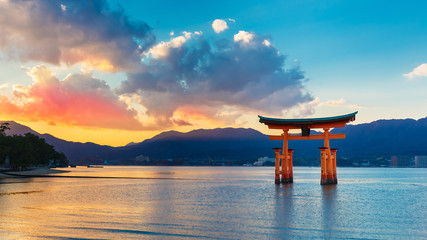 Great floating gate (O-Torii) in Miyajima © coward_lion