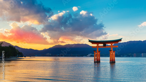 Foto Spatwand Japan Great floating gate (O-Torii) in Miyajima