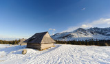 Fototapety Shelter in Polish High Tatra mountains