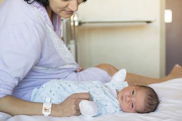 Madre e hijo en hospital