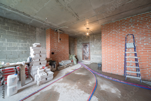 Room with universal gypsum plaster and others building materials
