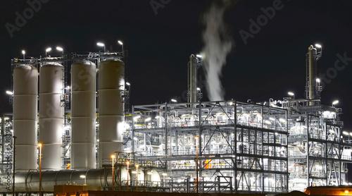 Industrieanlage Chemiewerk // industrial factories - 59839454