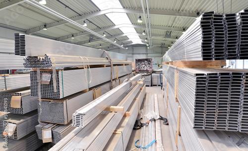 Lagerung von Aluprofilen im Stahlbau - 59841093