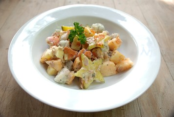 tuna cream salad