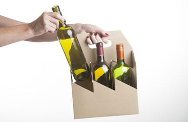 Cardboard wine bottle carrier
