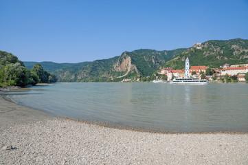 der beliebte Touristenort Dürnstein an der Donau in der Wachau