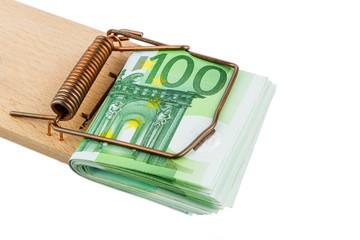 Euro-Geldscheine in Mausefalle
