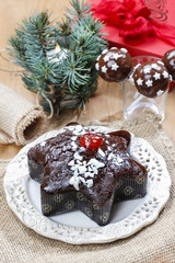Gingerbread cake in star shape