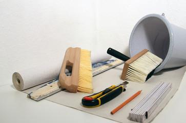 Werkzeug zum Tapezieren