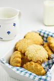 Butter cookies with milk
