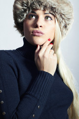 Beautiful Fashion Blond Woman Girl in Mink Fur Hat