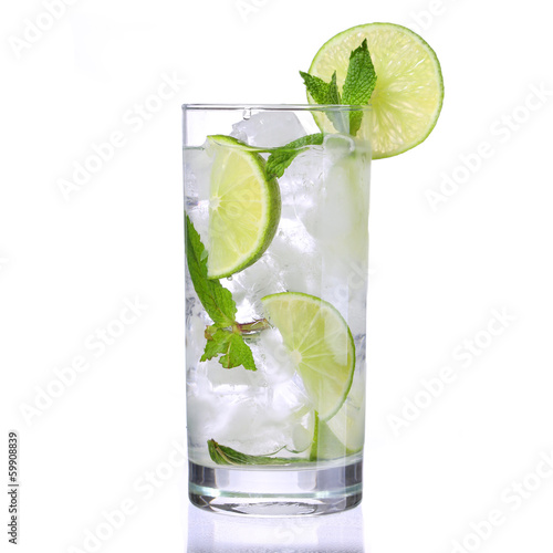 Mojito cocktail isolation