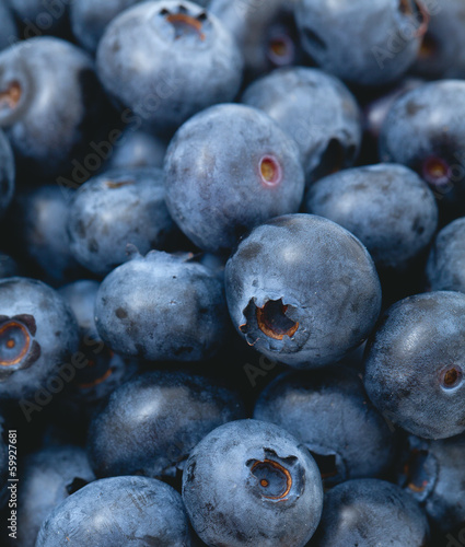 blueberries in a wooden bowl