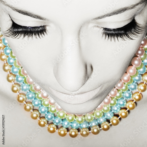 canvas print picture Beautiful woman with pearls