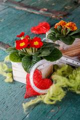 Blumendeko im Landhausstil