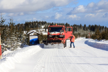 Snow cleaning on the road