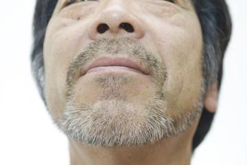 髭を生やした50代男性
